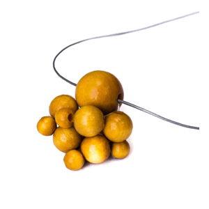 Dřevěný žlutý náhrdelník Ko-ra-le Lucky